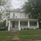 207 W. Reagan St.