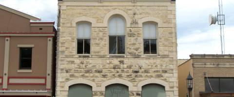 Masonic building 2009  2017 06 09 14 39 42 utc